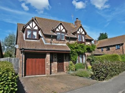 House - Houses - 4 bedroom detached house to rent in Kimbolton