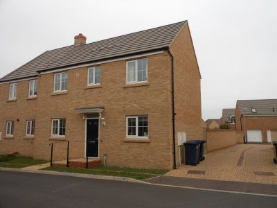 House - Houses - 3 bedroom house to rent in Godmanchester