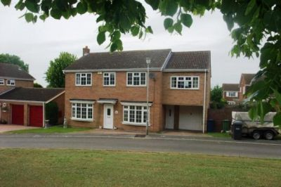 House - Houses - 5 bedroom detached house to rent