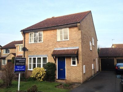 House - Houses - 4 bedroom detached house to rent in Godmanchester
