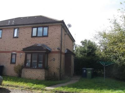 House - Houses - 1 bedroom cluster house to rent St Neots