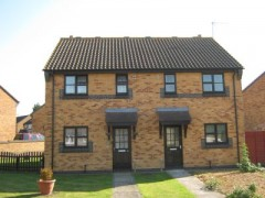 House - Houses - 3 Bedroom Semi detached house to rent in Huntingdon