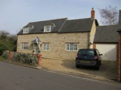 House - Country Homes - 4 Bedroom House for rent in Warmington
