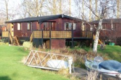House - Country Homes - 3 bedroom wooden lodge for rent in Buckden Marina
