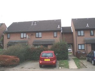bedford-house-to-rent-near-railway-station